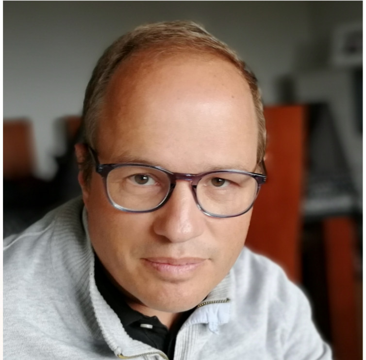 David González tutor UP